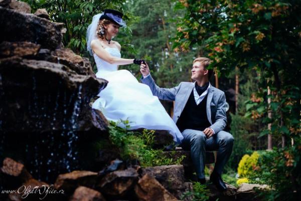 Цилиндр с фатой - фото невесты на своей свадьбе