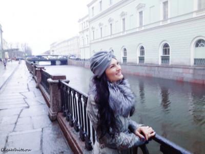 Серый тюрбан чалма-фото на клиентке в пальто
