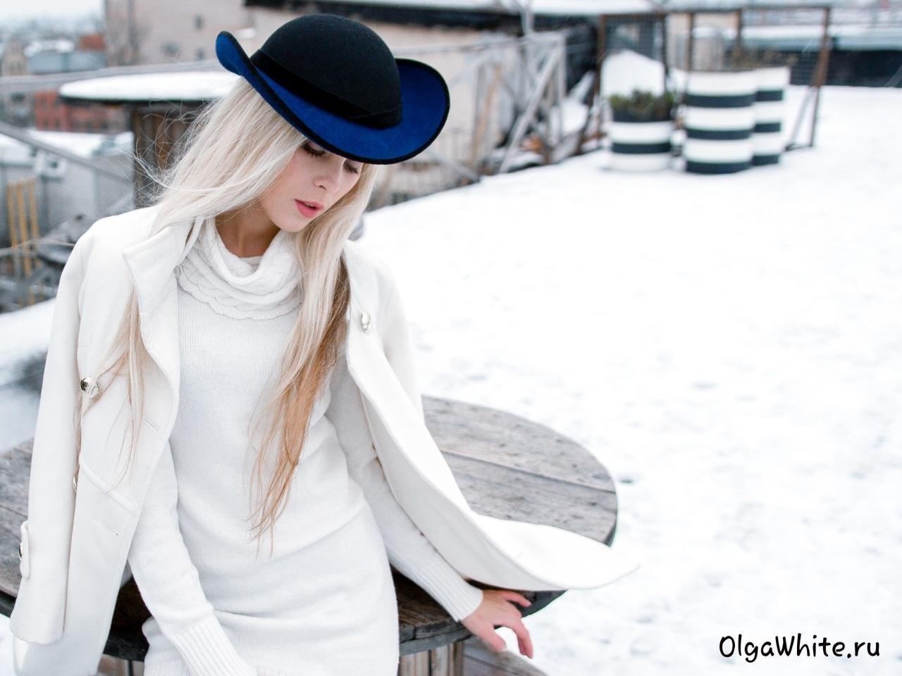 Фото блондинок в одежде сзади 5 фотография