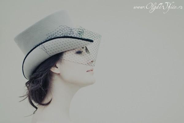 Бежевый женский цилиндр с вуалью. Купить в интернет-магазине шляп