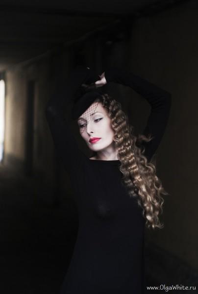 Черная шляпка-таблетка с вуалью. Купить в интернет-магазине