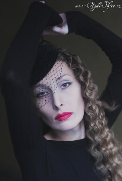 Черная вечерняя шляпка таблетка с вуалью. Купить в интернет-магазине шляп