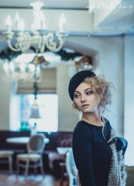 Купить черную женскую шляпку-беретку можно в интернет-магазине шляп Спб