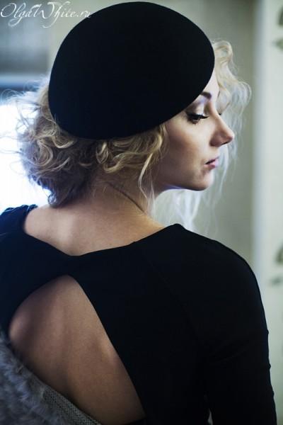 Черная женская шляпка- берет.
