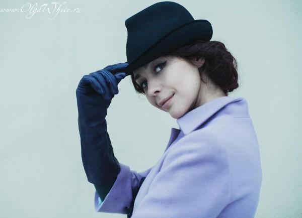 Женская черная фетровая шляпа