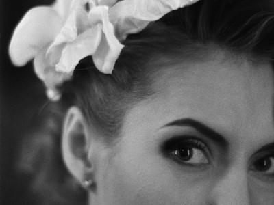 Каллы – шелковые свадебные цветы в прическу