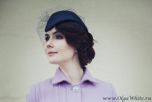 Синяя шляпка-пилотка с вуалью на заказ