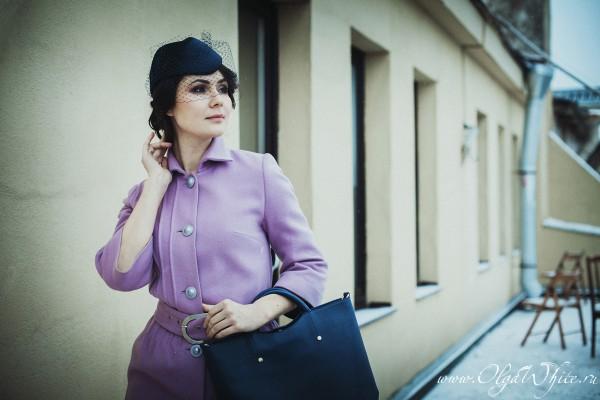 Синяя шляпка-пилотка с вуалью к пальто на заказ в интернет-магазине