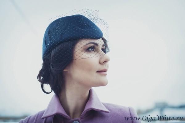 Темно-синяя шляпка-пилотка с вуалью на заказ в интернет магазине