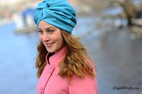 Голубой тюрбан чалма купить с чем носить с пальто