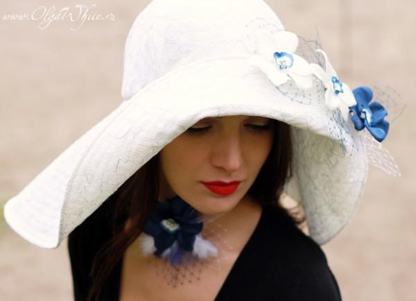 Белая свадебная широкополая шляпа с цветами