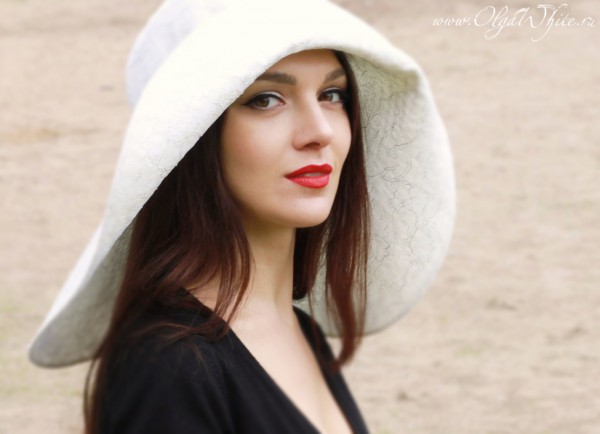 Свадебная белая кружевная широкополая шляпа