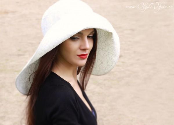 Свадебная белая широкополая шляпа на заказ
