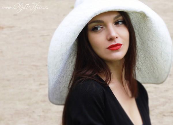 Свадебная шляпа белая-айвори с опущенными полями
