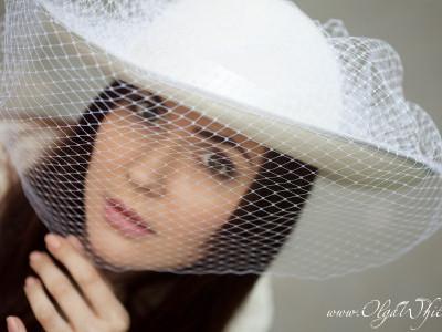 Свадебная белая широкополая шляпа