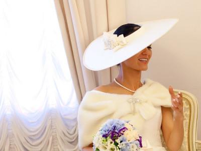 Свадебная широкополая шляпа с широкими прямыми полями из шелка. Эксклюзивная свадебная шляпка на заказ от шляпного мастера OlgaWhite